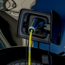 Stiftsquelle gelebter Umweltschutz durch den Einsatz eines Elektroautos